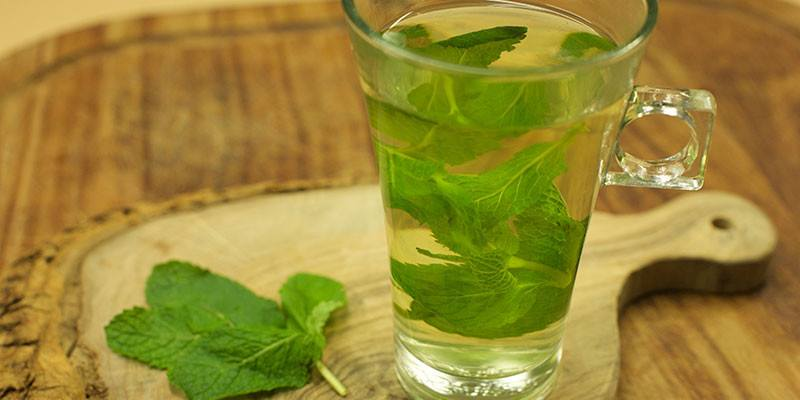 mint-oil-for-dark-skin
